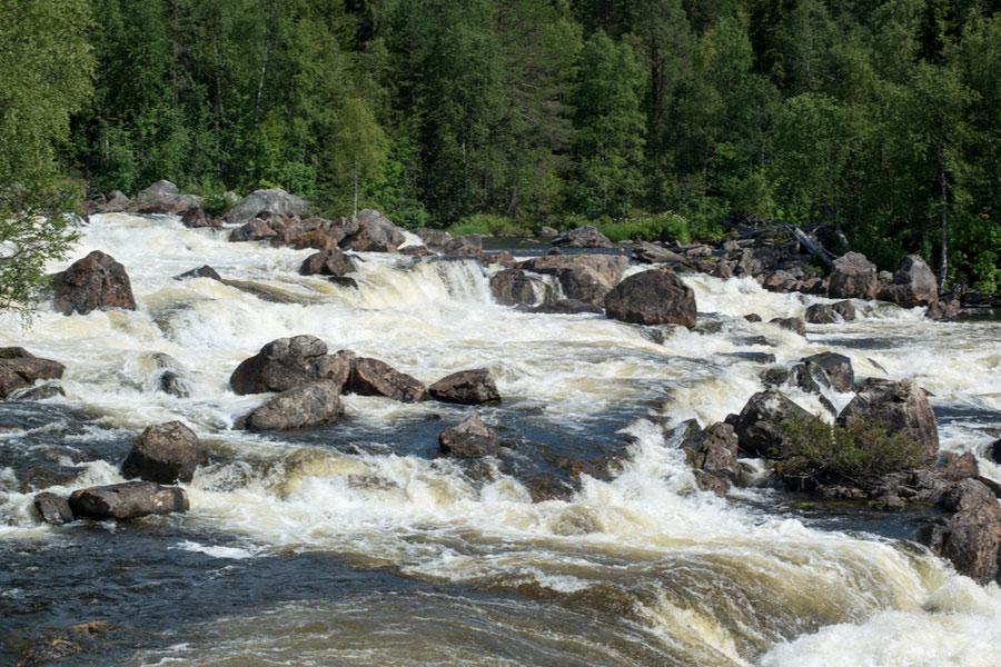 Водопад Киваккакоски в Паанаярви