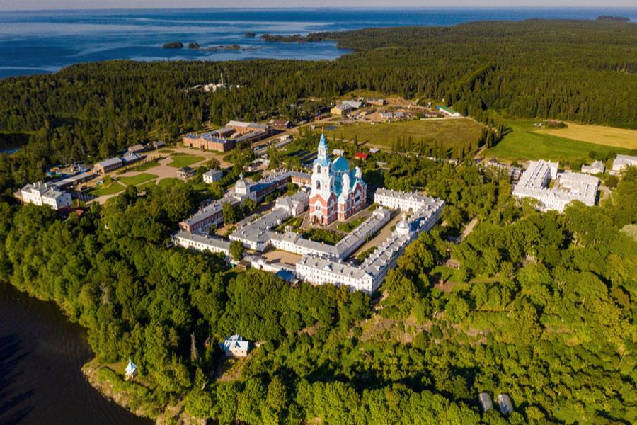 Спасо-Преображенский собор на острове Валаам
