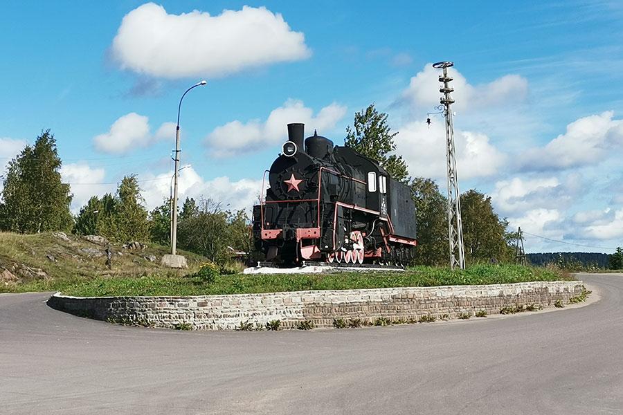 Памятник паровозу в Сортавале